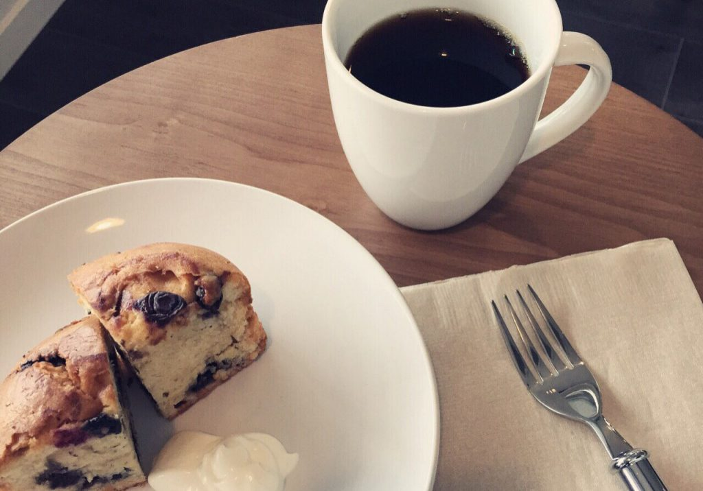 コーヒーとマフィン coffee and maffin
